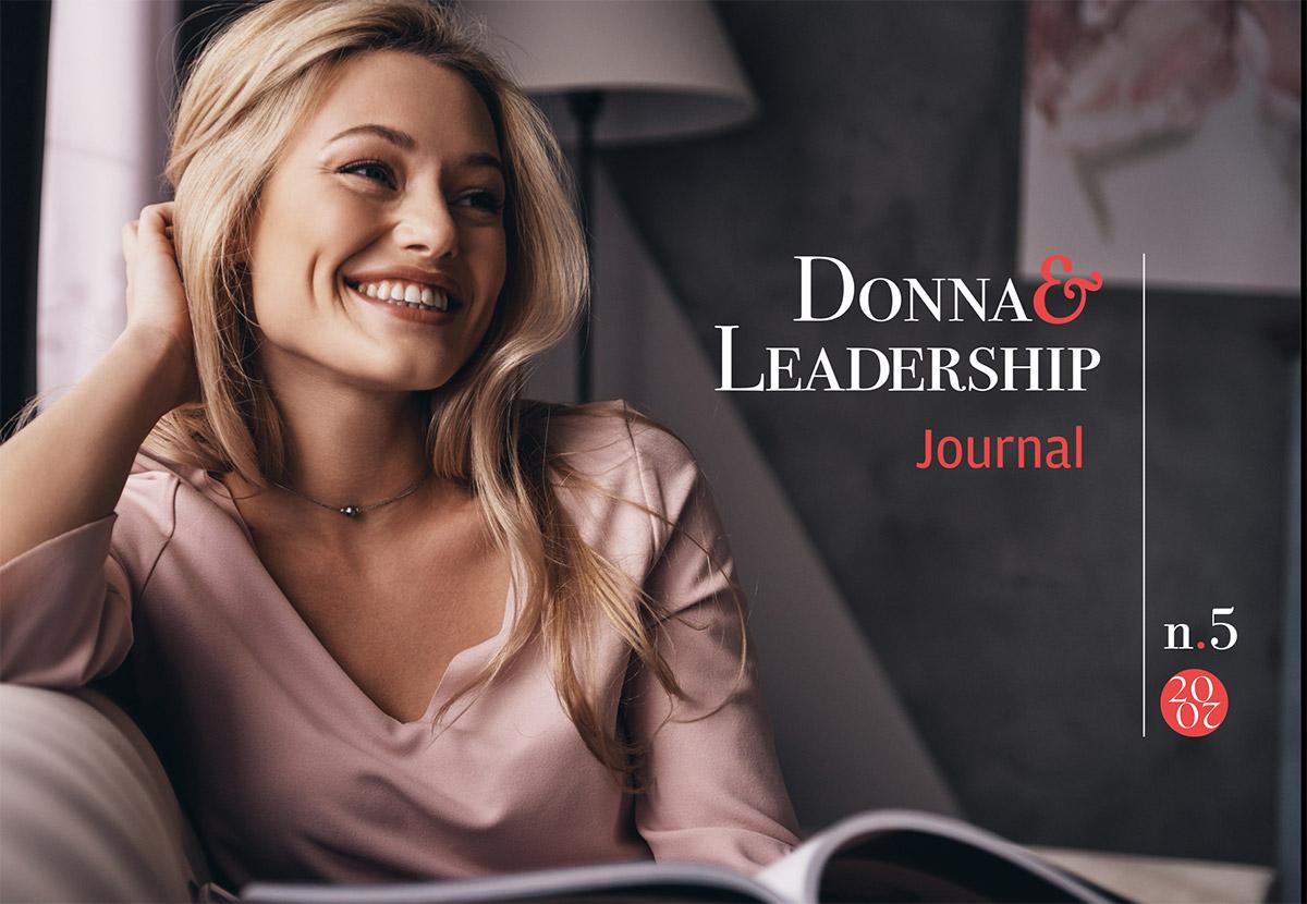 Copertina Journal D&L 05-20 donna sul divano