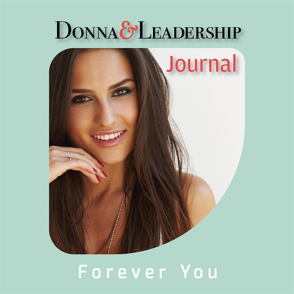 donna con capelli lunghi sorridente icona podcast forever you